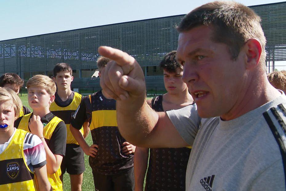 Stages d'été au Stade Rochelais : les jeunes sont encadrés par des anciens pros du ballon ovale
