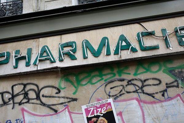 Une officine fermerait en France tous les deux ou trois jours