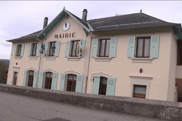 La mairie de La Bauche en Savoie, une commune qui compte un peu plus de 500 habitants.