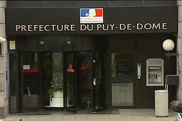 Le Préfet du Puy-de-Dôme interdit toutes les manifestations sur la voie publique du 28 au 30 novembre 2015