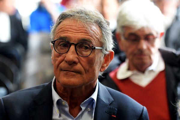 Guy Novès a pris du temps, après la brusque interruption de sa carrière, pour tourner la page de plus de 40 ans de rugby et se raconter dans un livre autobiographique.