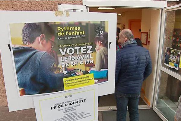 Les bureaux de vote sont ouverts de 8h à 19h ce jeudi.