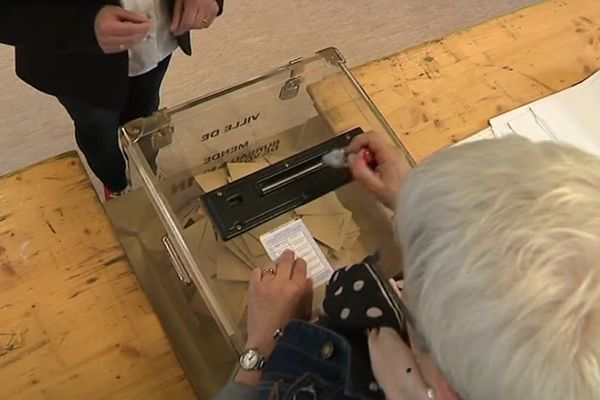 On vote à Mende - 2017.