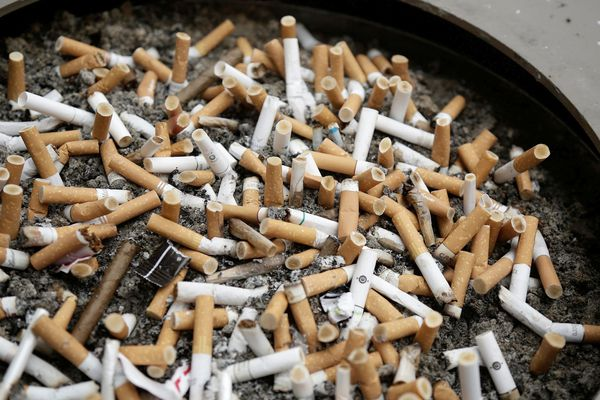 Entre cigarettes de stress et cigarettes de loisir, l'impact du confinement sur les fumeurs est variable.