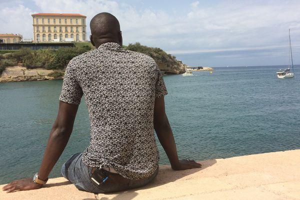 Sonny a mis quatre jours pour venir de la Côte d'Ivoire jusqu'à Marseille où il a déposé sa demande d'asile.