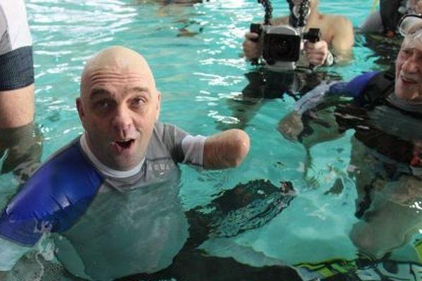 Philippe Croizon refait surface après son record de plongée