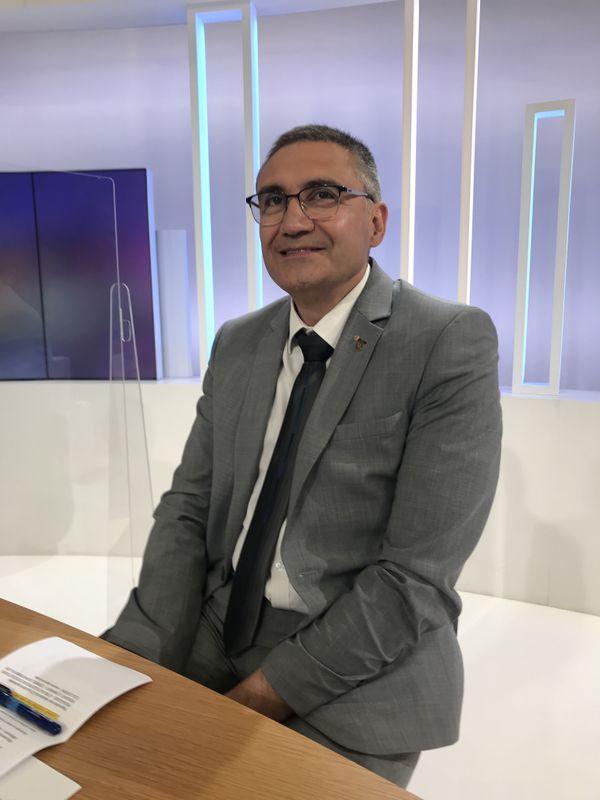 Jean Lopes revendique son appartenance à LREM dans le canton de Neuves-Maisons, où il n'aura pas à affronter de candidat de la droite et du centre.