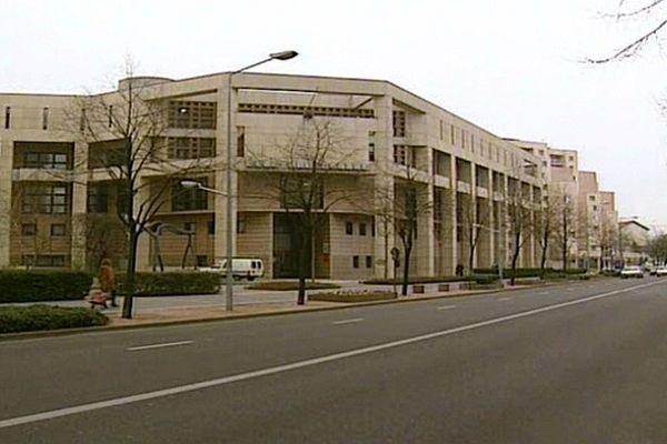 L'anonymat des indics dans une affaire de trafic de drogue est examiné par le tribunal correctionnel de Dijon