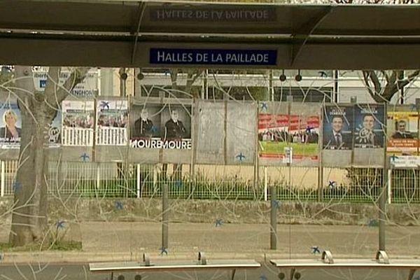 Montpellier - les affiches des candidats aux municipales, dans le quartier de La Paillade - mars 2014.