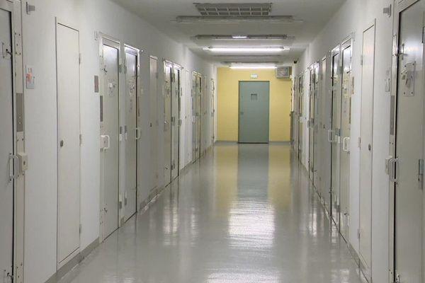 Le week-ed a été agité au centre pénitentiaire de Valence (Drôme) avec2 agressions samedi 3 et dimanche 4 octobre selon les syndicats.
