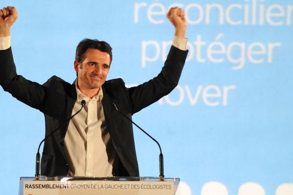 Eric Piolle remporte les municipales à Grenoble le 30 mars 2014.
