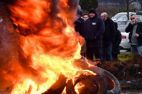 Le blocage de la prison de Vendin-le-Vieil photographié lundi 22 janvier.