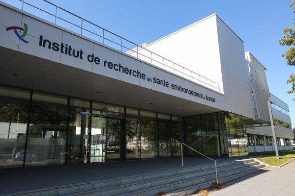 L'IRSET, l'Institut de Recherche en Santé, Environnement et Travail basé à Rennes regroupe 260 salariés