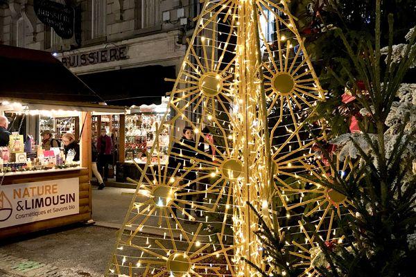Marché de Noël de Limoges aux couleurs de Noël