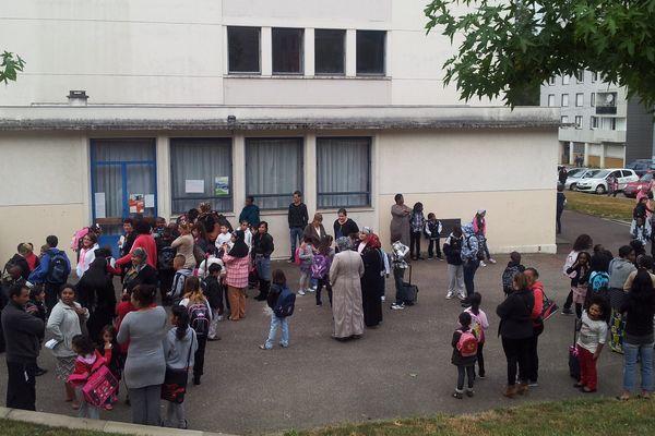 rentrée à  l'école primaire Joliot-Curie (Limoges)