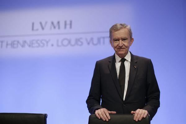 Bernard Arnault lors de la présentation des résultats 2012 du groupe de luxe LVMH.