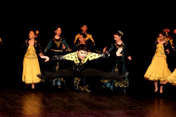 Danseurs d'Arménie