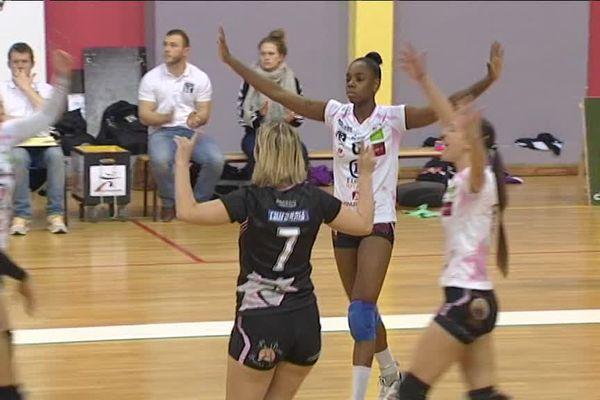 Avec leur victoire contre Poitiers et à 5 journées de la fin des play-offs du championnat Elite, les volleyeuses d'Amiens Longueau sont 3ème à 6 points de la 2ème place synonyme de montée en Ligue A...