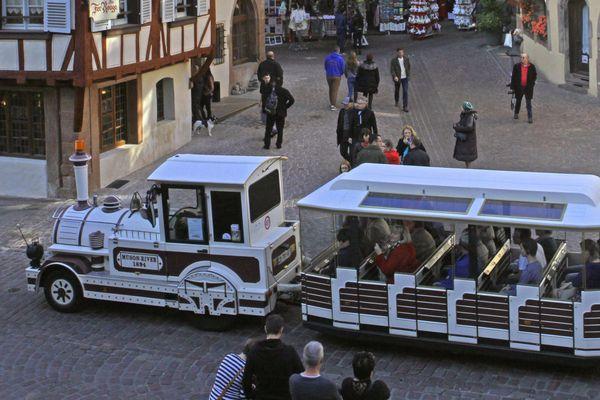 Petit train touristique à Colmar
