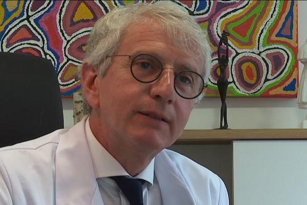 Ludovic Moy, gynécologue à Rennes estime que la PMA va permettre un meilleur suivi des femmes ou des couples de femmes pendant leur grossesse.