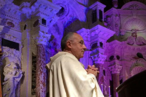 L'archevêque Le Gall lors de la messe pour la paix du lundi 17 novembre