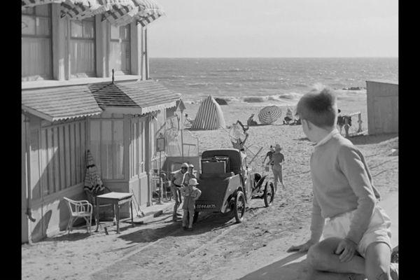 """Régis Tertrais, dans """"Les vacances de Monsieur Hulot"""", en 1951."""