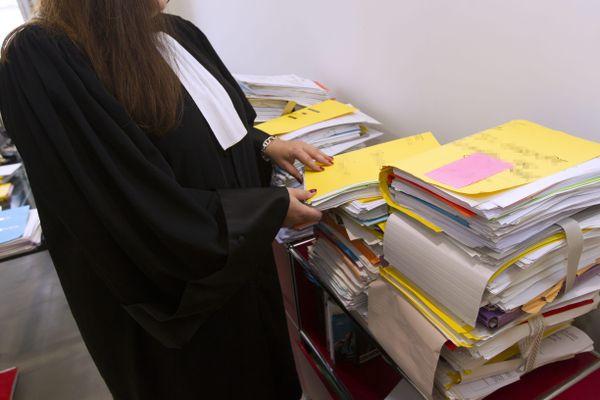 Les avocats subissent de plein fouet la crise du Covid-19.
