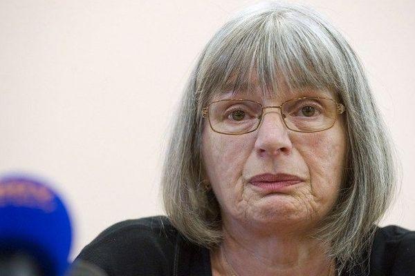 Marie-Rose Blétry, la mère de Christelle, a tenu une conférence de presse vendredi 12 septembre 2014 suite à l'annonce de l'arrestation du meurtrier présumé de sa fille, tuée en 1996.