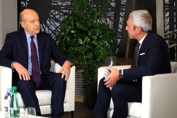 Alain Juppé, interrogé par Bruno Frédiani de France 3