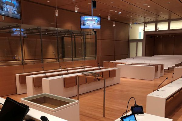 90 salles d'audience dans le nouveau palais, contre 24 sur l'Île de la Cité.