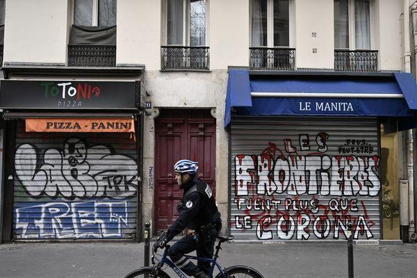 Illustration. En Essonne, les commerces alimentaires doivent fermer de 21 heures à 6 heures du matin sur décision préfectorale.