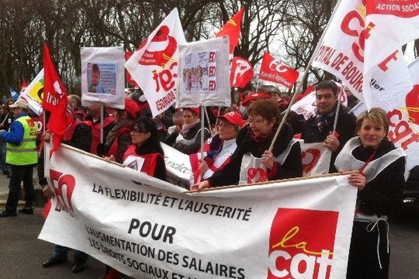 Manifestation à Bourges (Cher) le 5 mars 2013. Environ 400 personnes ont fait le déplacement