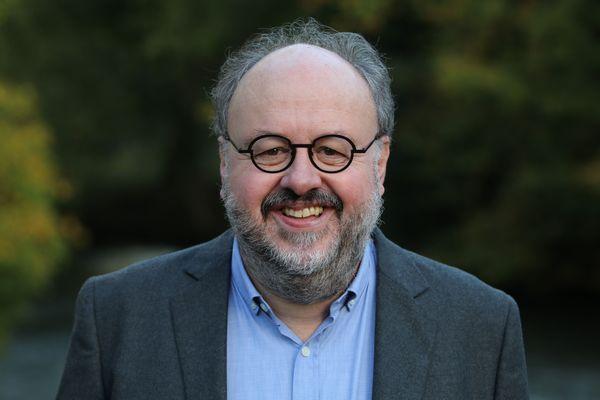 Michel Barbier remporte le second tour avec 49.03% des votes.