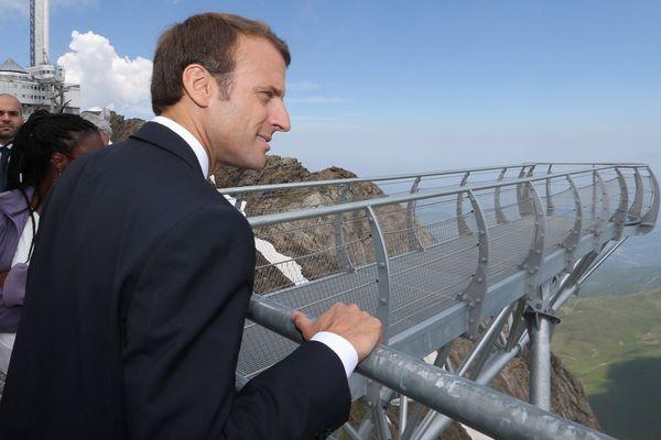 Emmanuel Macron au Pic du Midi