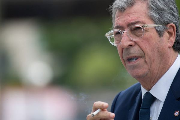Patrick Balkany, maire de Levallois-Perret (Hauts-de-Seine) à la sortie du tribunal à Paris le 20 mai 2019.