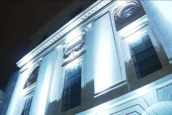 Lyon : les préparatifs de la Fête des Lumières au Grand Hôtel Dieu