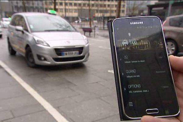 """Application """"Les Taxis de Nancy"""" pour réserver son taxi depuis son  smartphone."""