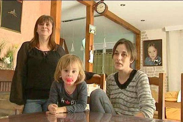 Don de 116 RTT - Andrée Sasse et sa fille Audrey, émues par le geste des salariés de Gibaut et de la direction - 12/2/15