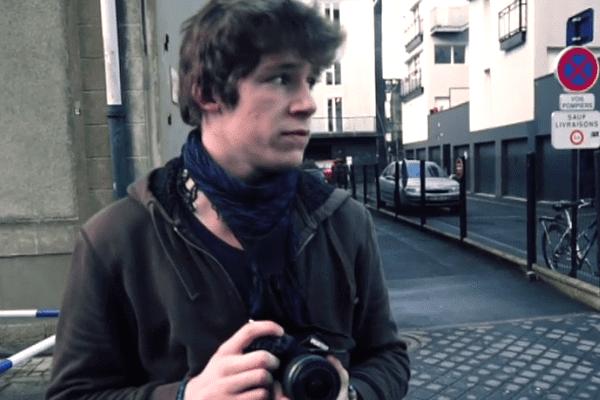 Justin Raymond, le journaliste a qui la police a demandé d'effacer ses images.