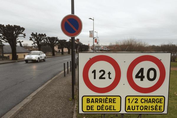 Le Département de l'Allier met en place à partir du 30 janvier des barrières de dégel. Les transporteurs doivent consulter les règlementations en cours.