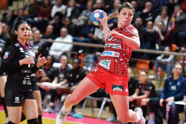 En déplacement à Dijon, les handballeuses bisontines de l'ESBF ont largement dominé leurs adversaires