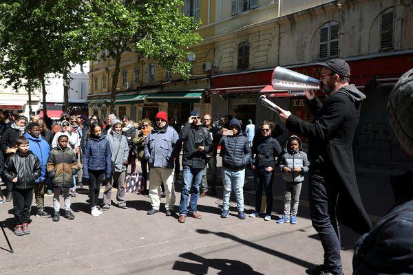 Les associations et collectifs de soutien aux délogés dénoncent un recul de l'Etat sur la charte du relogement.