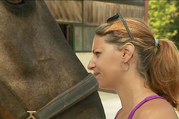 Carole Dubus est ostéopathe animalier