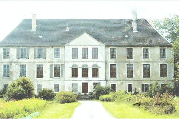 Le château du Corgebin en 2009.