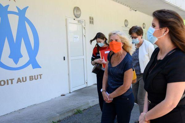 Marlène Schiappa rend visite aux femmes victimes de violences conjugales hébergées par l'OM.