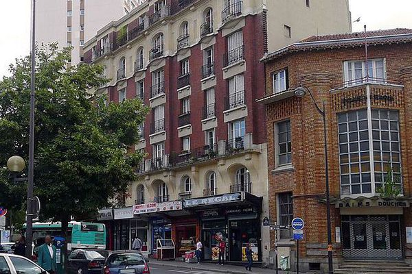 Les bains-douches rue Petitot - Paris XIX