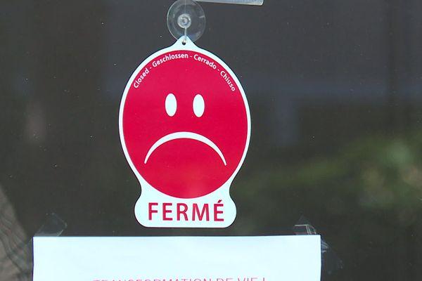 Les magasins non essentiels sont fermés jusqu'au 1er décembre prochain.