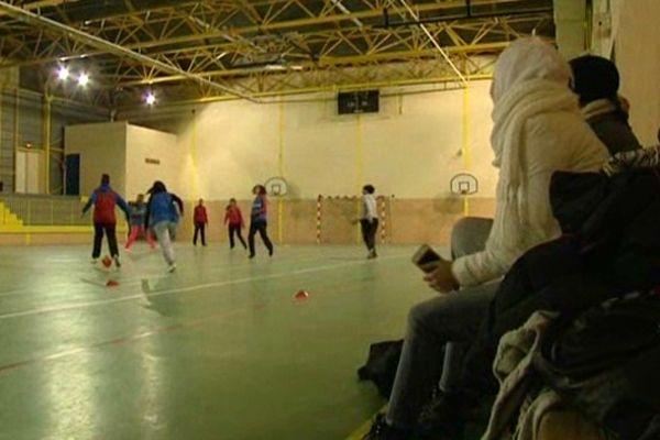Au FC Petit Bard, à Montpellier, les joueuses voilées ont dû se rabattre sur le football à 7.