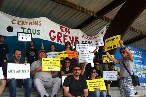 Les intermittents réunis aux Francos Gourmandes à Tournus pour discuter de leur nouveau régime d'assurance chômage