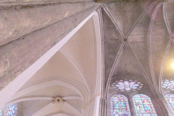 Polémique à la cathédrale de Chartres